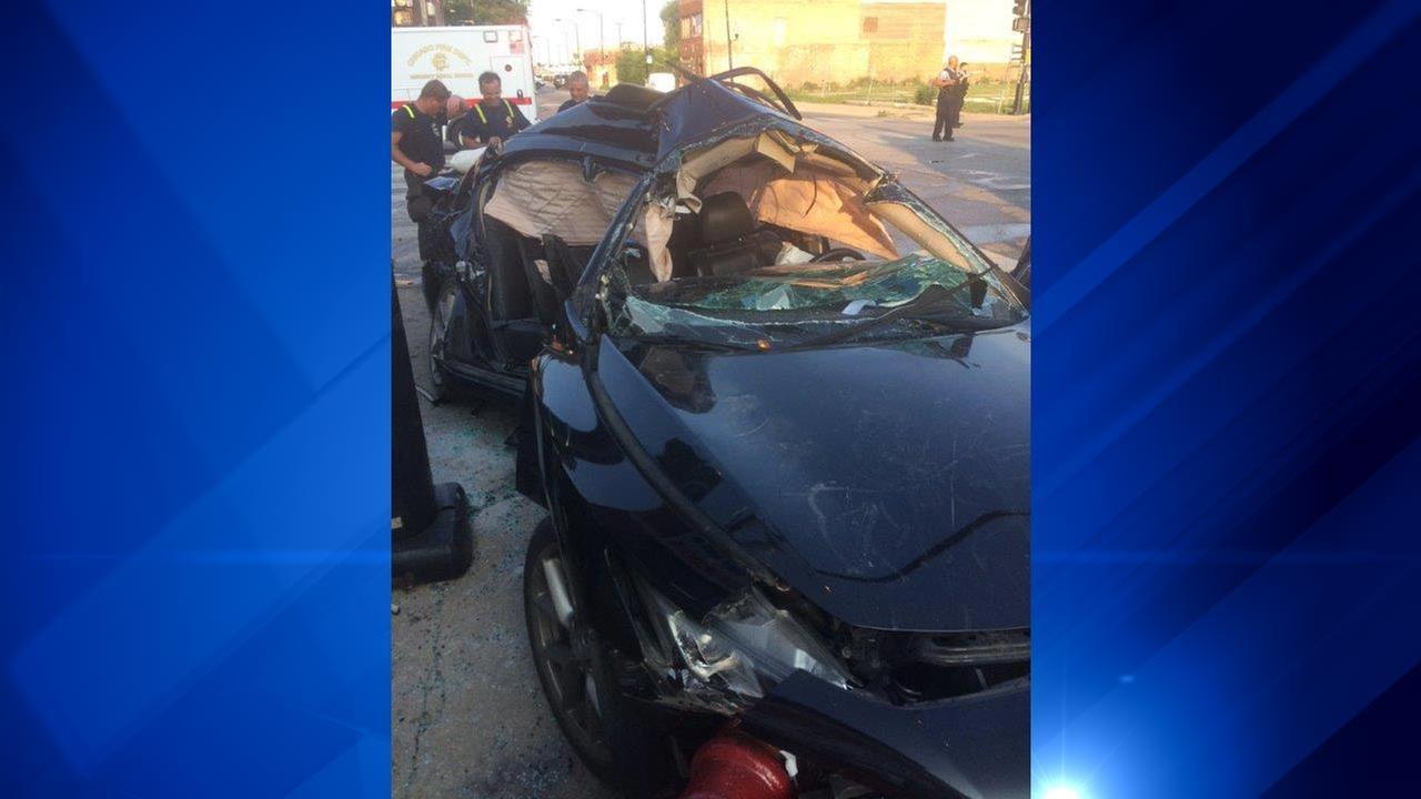 1 dead, 1 critically injured in Roseland crash