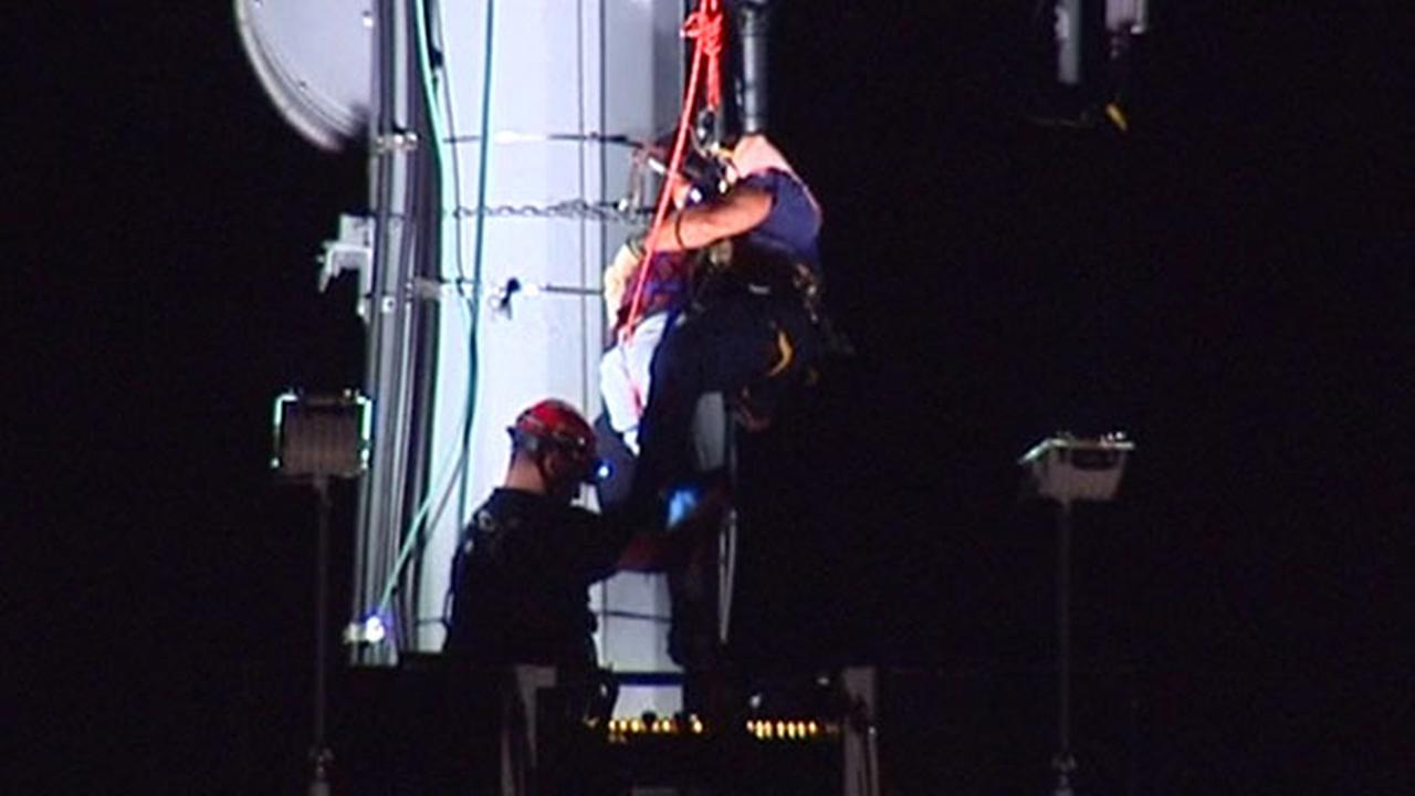 Northfield teen who climbed cellphone tower rescued