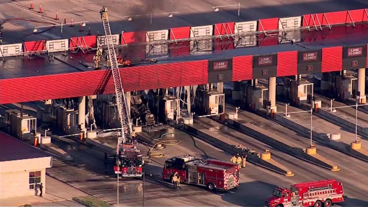 Fire at Portage booths closes eastbound Indiana Toll Road