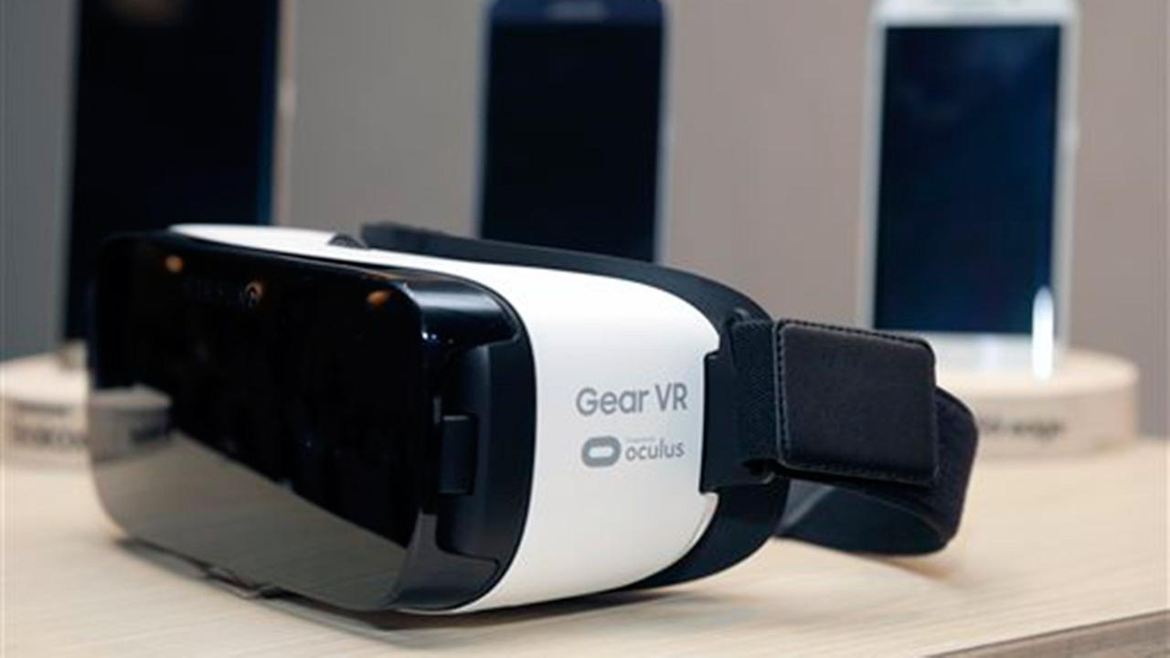 This Sept. 24, 2015 file photo shows the Samsung Gear VR on display during the Oculus 2 conference in Los Angeles. Thursday, Sept. 24, 2015.