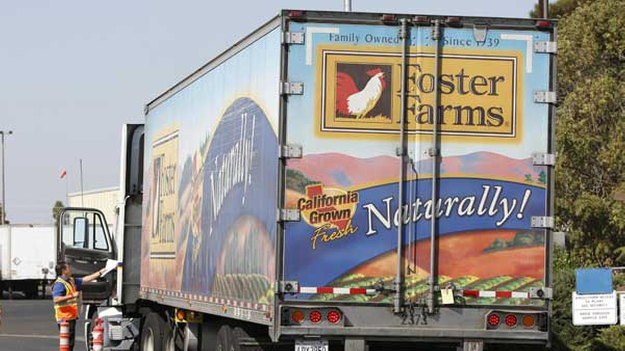 A truck enters the Foster Farms processing plant in Livingston, Calif., one of three California plants linked to a salmonella outbreak.