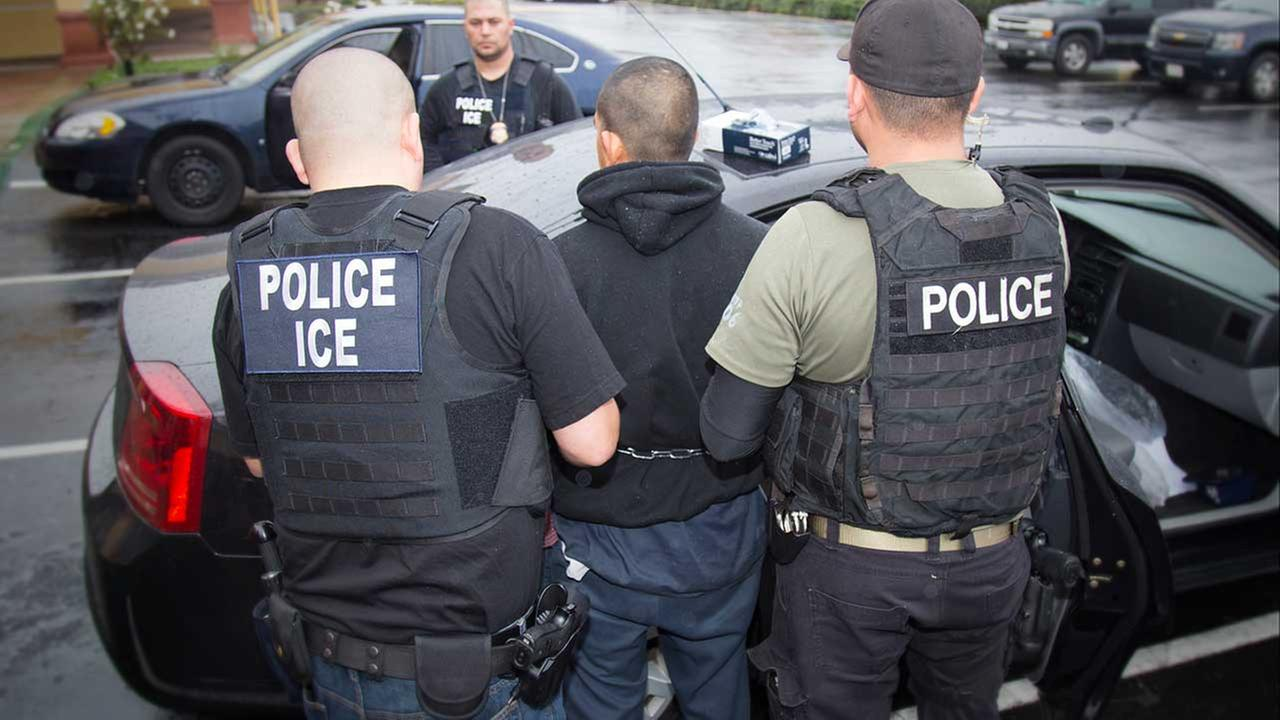 Democrats, advocates question ICE enforcement raids after hundreds of arrests