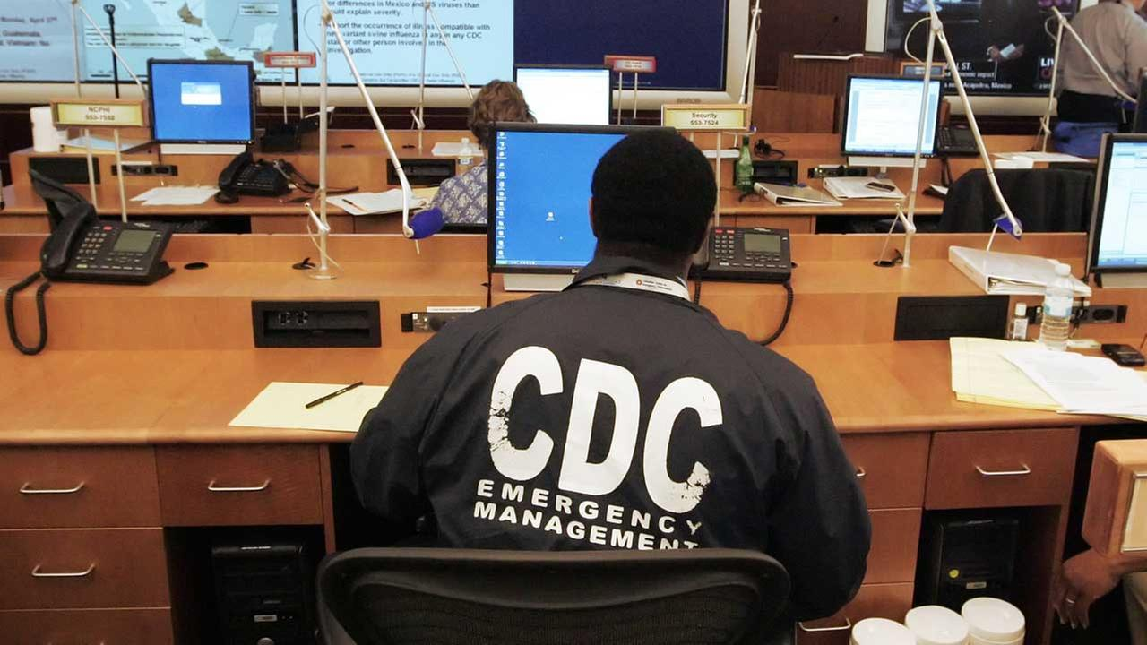 (FILE) A worker at the Center for Disease Control and Prevention in 2009.