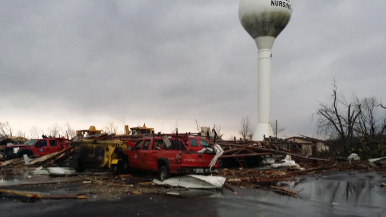 Tornado damage in LaSalle County on Feb. 28, 2017@TORNADODAVE/Twitter