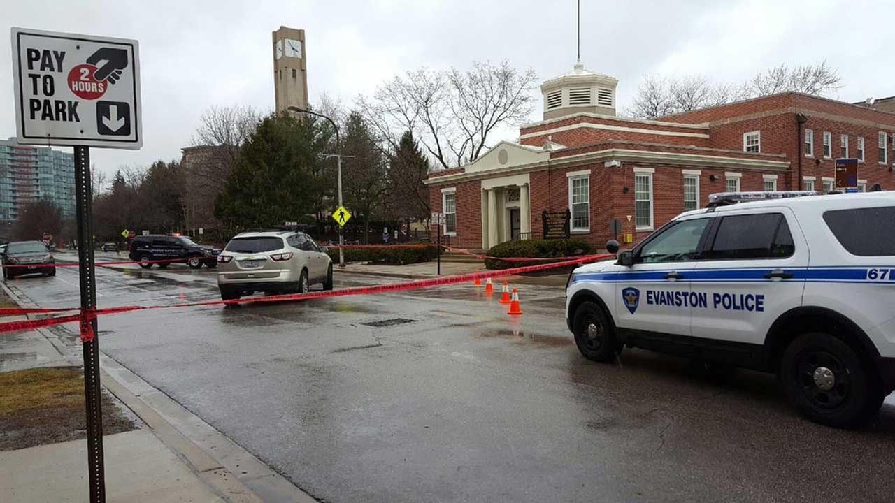 Northwestern students struck by vehicle in Evanston