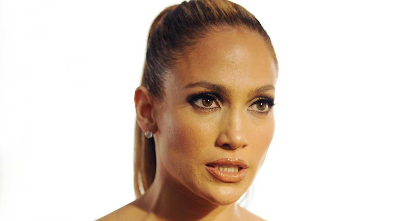 Jennifer Lopez Donates $1 Million to Puerto Rico Relief Efforts