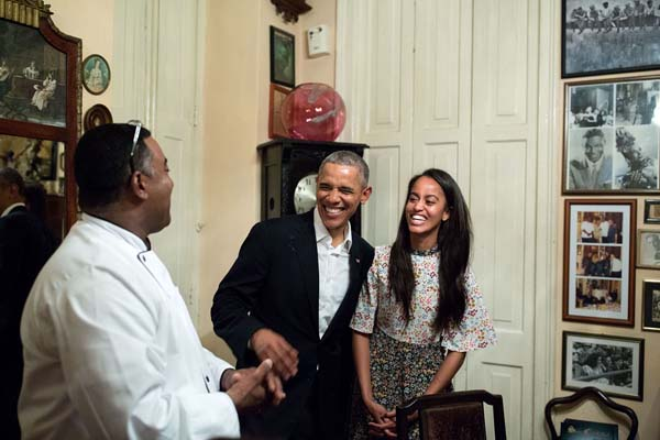 "<div class=""meta image-caption""><div class=""origin-logo origin-image none""><span>none</span></div><span class=""caption-text"">(Official White House Photo by Pete Souza)</span></div>"