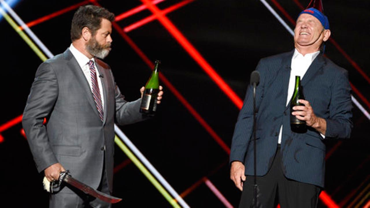Watch Bill Murray, David Ross and Nick Offerman celebrate Cubs' ESPY win