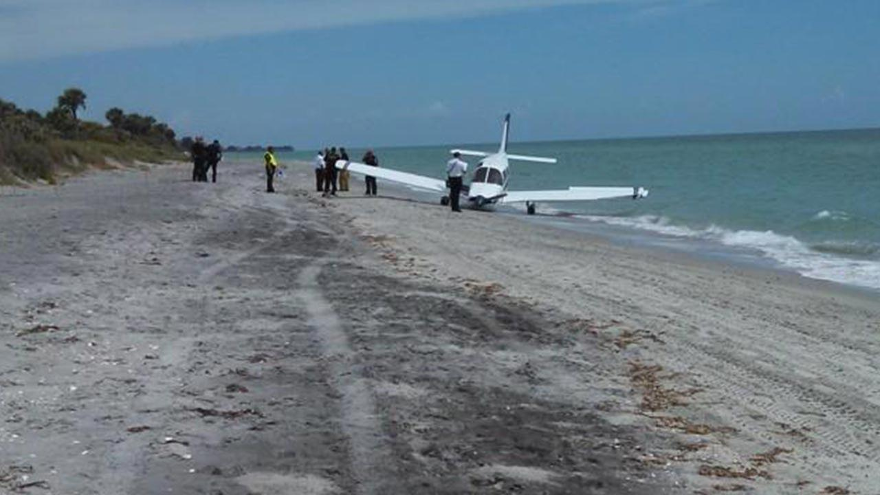 A man was killed when a plane made a crash landing on a Florida beach.
