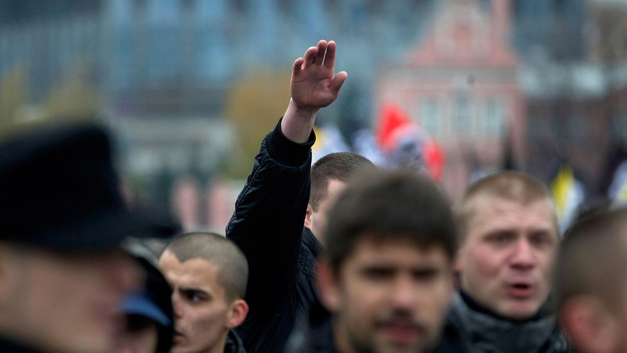 Drunk American punched for making 'Nazi salute' in German bar