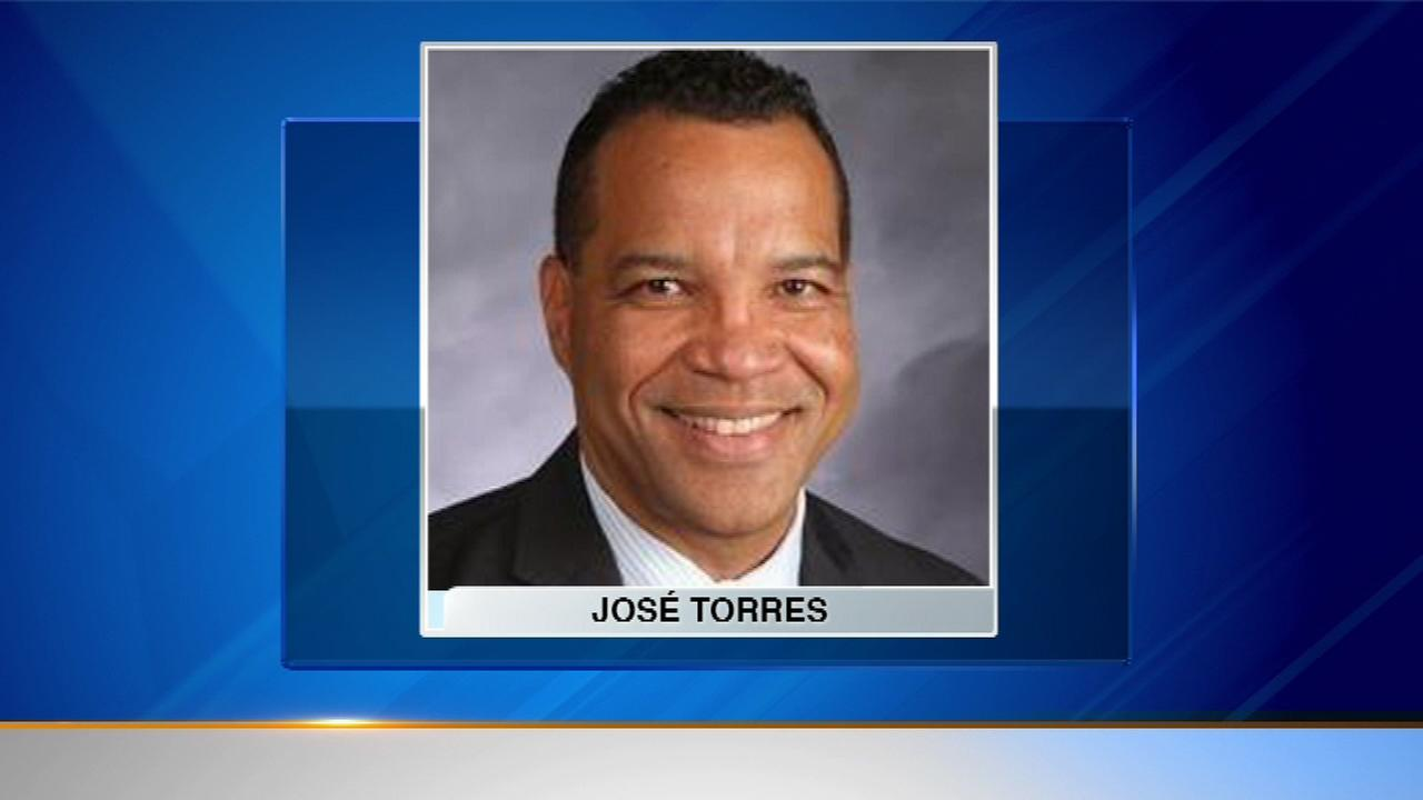 Dr. Jose Torres, Elgin School District U-46 superintendent, steps down