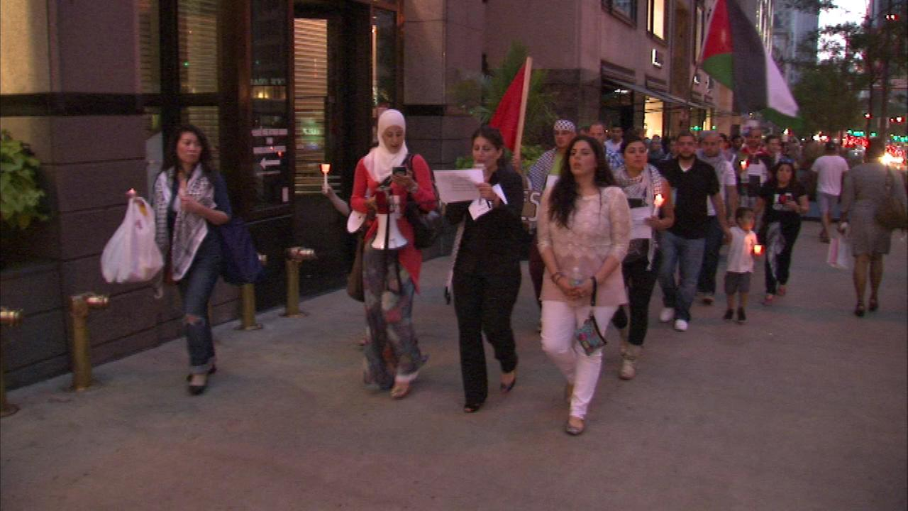 A candlelight vigil was held in downtown Chicago for victims of violence in Gaza.