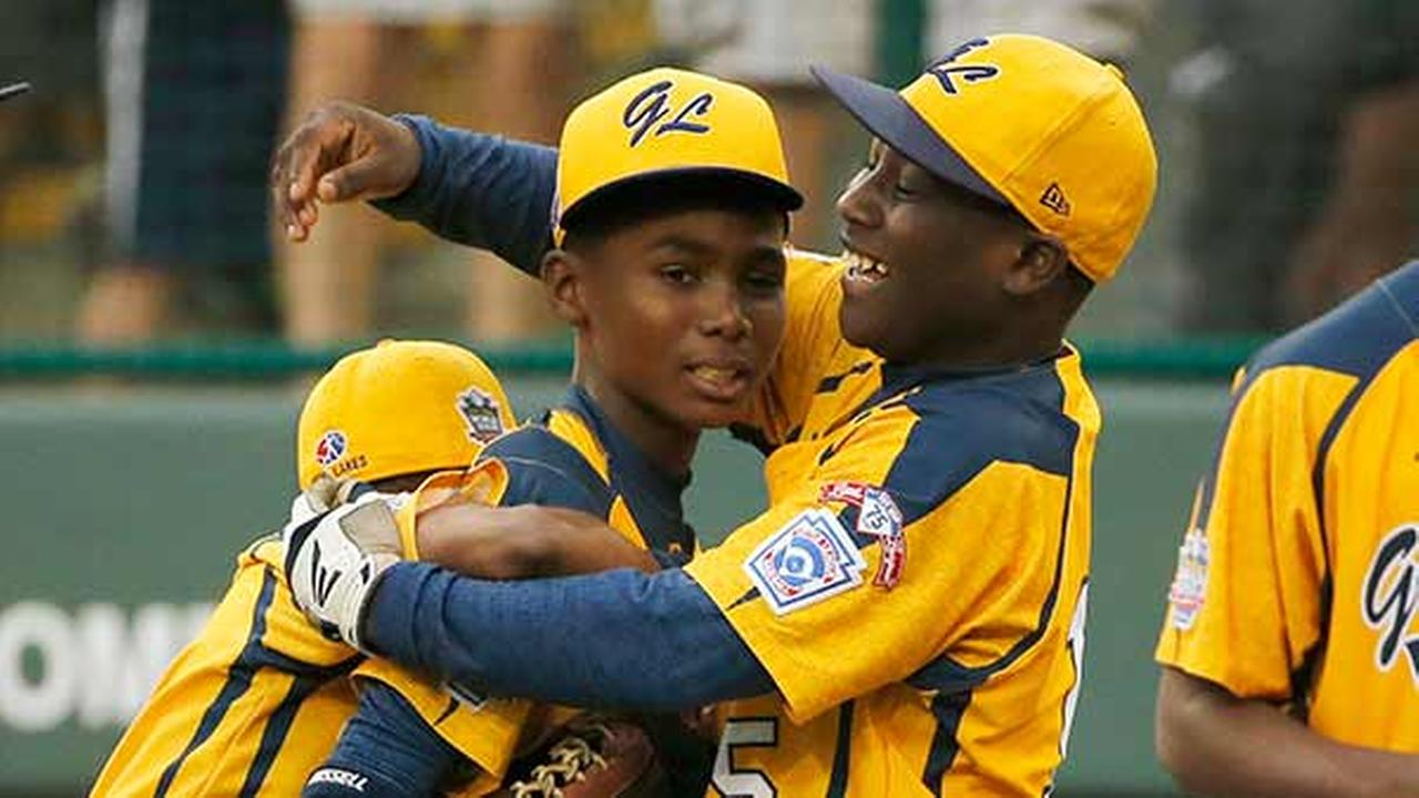 Chicagos Joshua Houston, right, celebrates with Ed Howard after a 7-6 win in the United States Championship game against Las Vegas at the Little League World Series tournament.