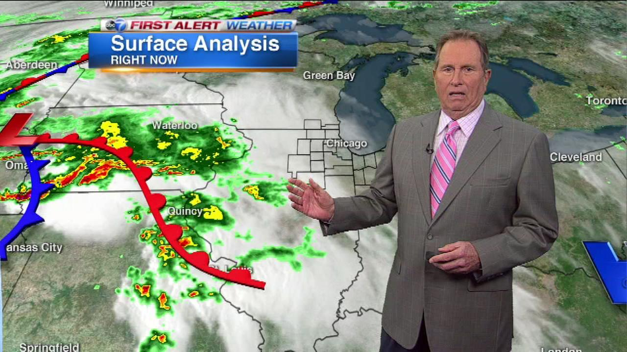 Heavy rain is heading for the Chicago area, and could make a mess of the Wednesday morning rush hour.
