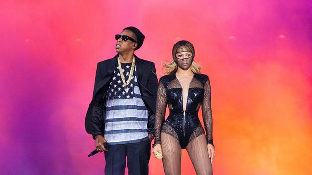 On The Run Tour  With Beyonce Jay Z Stops At Sol R Field In