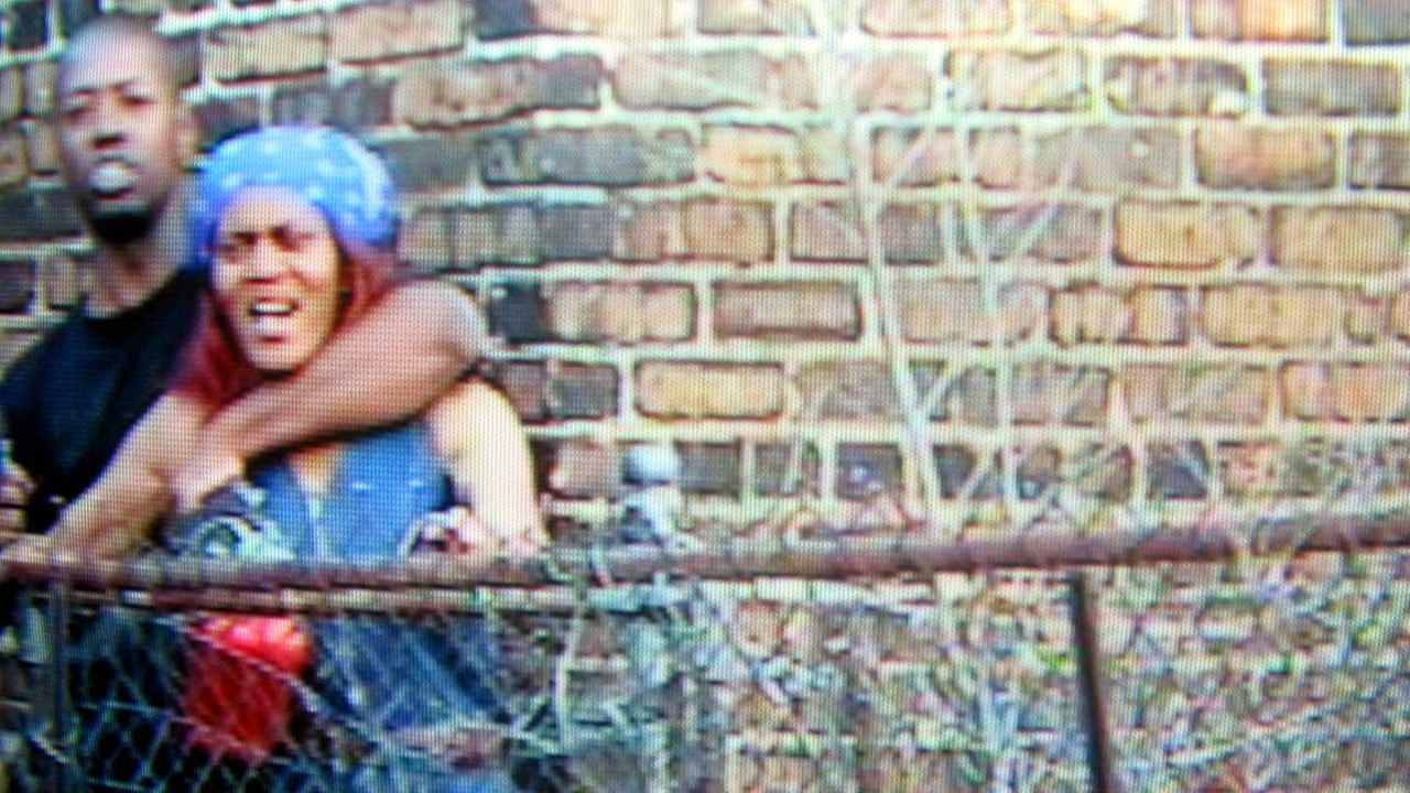 Chicago Sun-Times image of Vann during a standoff in 2004.