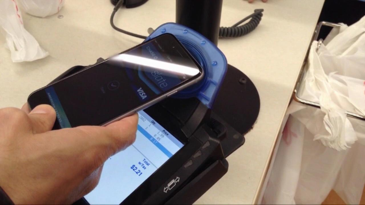 A week after its launch, two major drug store chains are no longer accepting payments using Apple Pay.