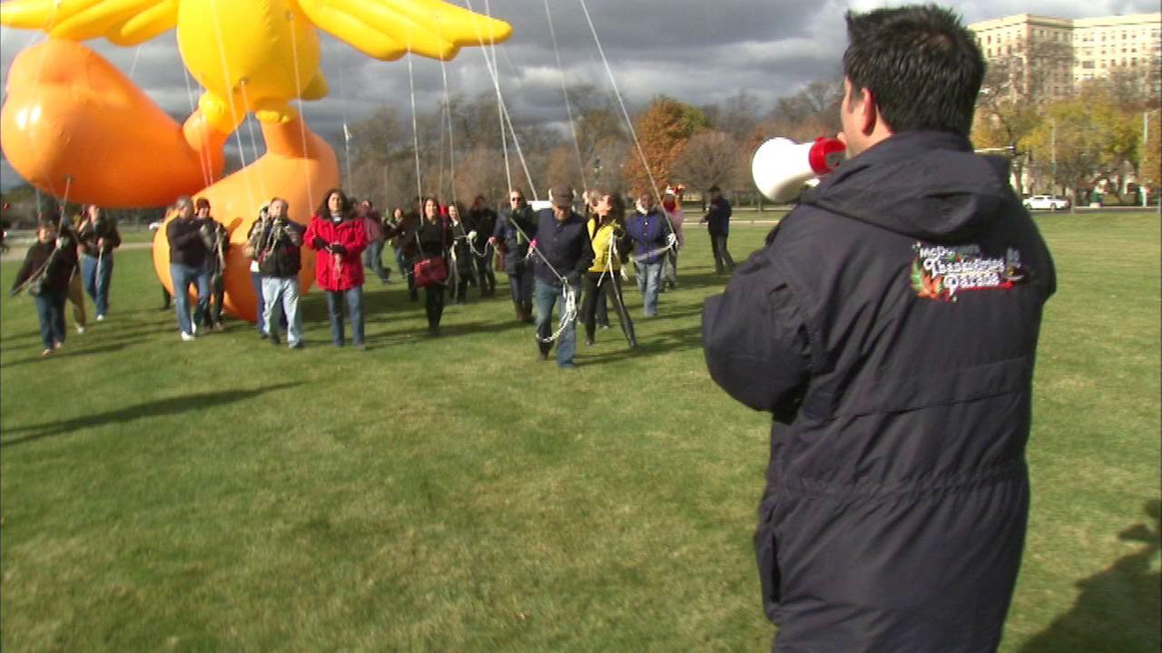 Thanksgiving Day parade balloon school