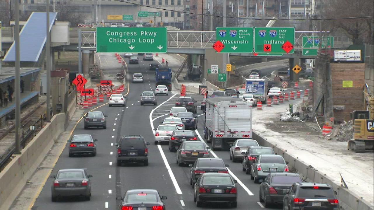 Overnight closures on the Dan Ryan Expressway are being extended to Tuesday morning.