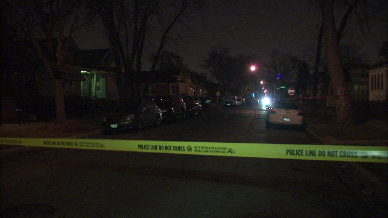A suburban construction worker and father of three was killed in an apparent robbery on the citys South Side.
