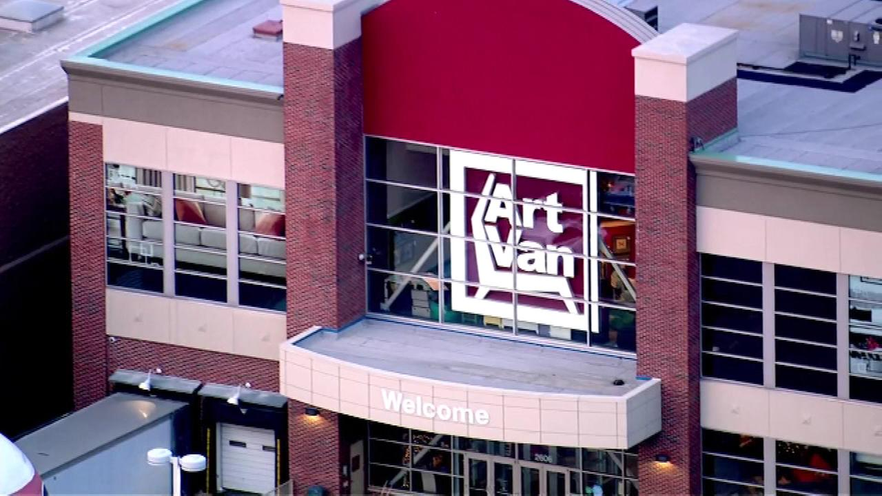 A publicity stunt could pay off big time for Chicago area customers shopping at one of six Art Van Furniture stores Thursday, New Years Day.