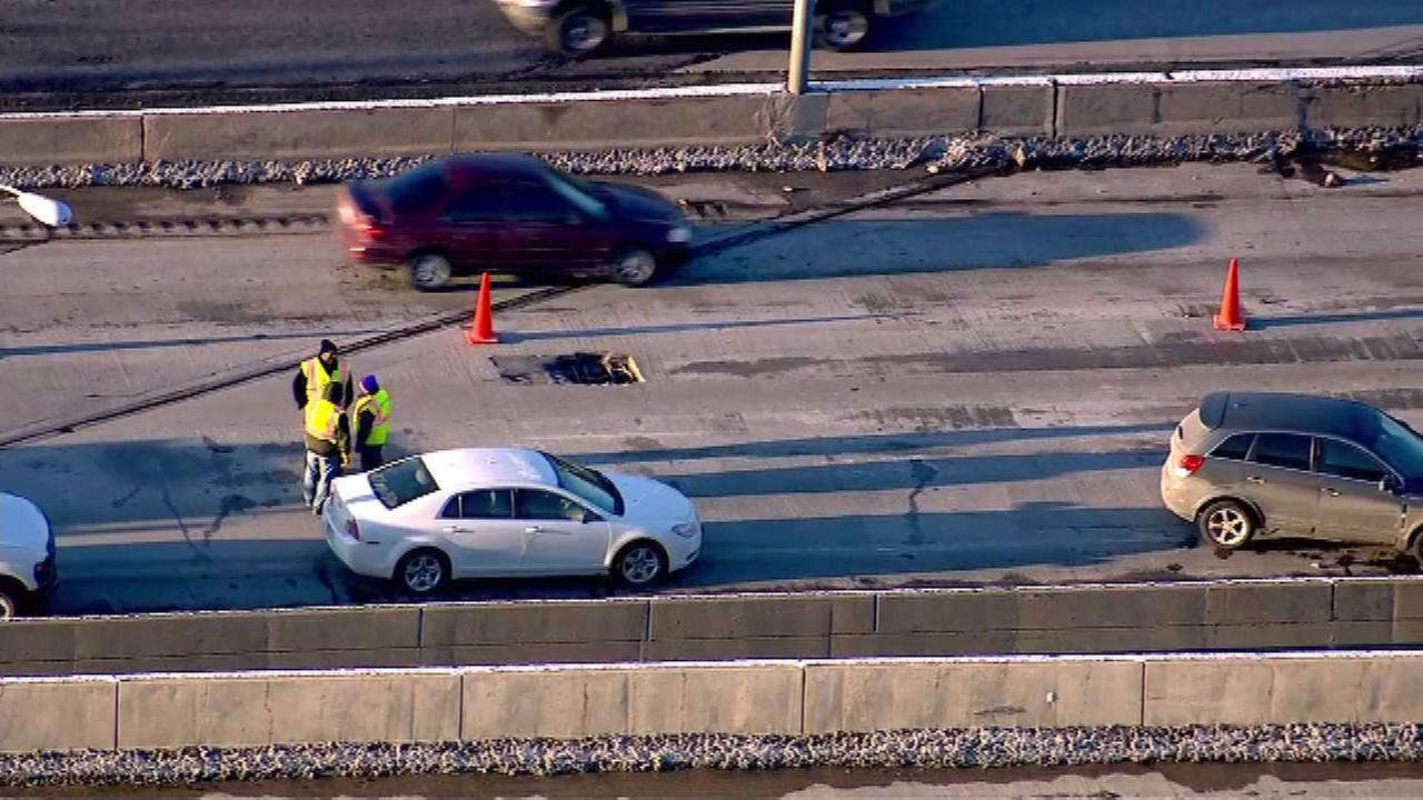 2 IB lanes of I-55 near Joliet Road back open after massive pothole fix