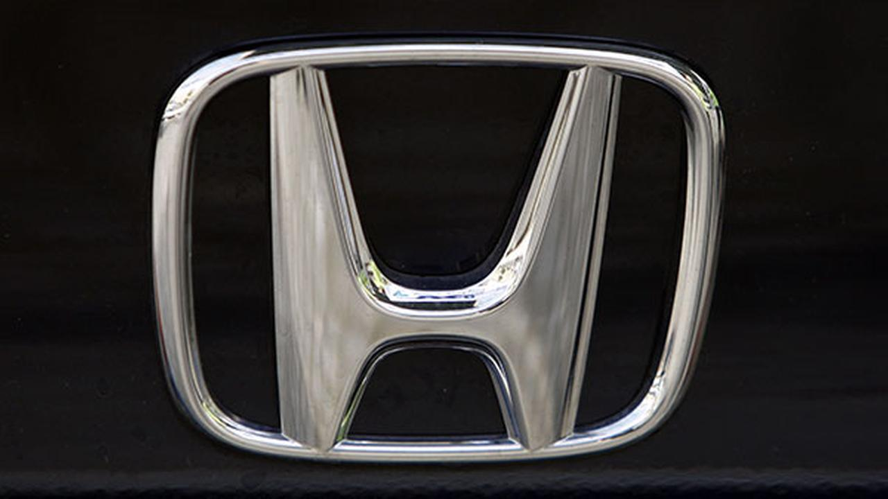 [FILE] This Aug. 20, 2008 file photo shows the logo of Japanese car maker Honda in Berlin.