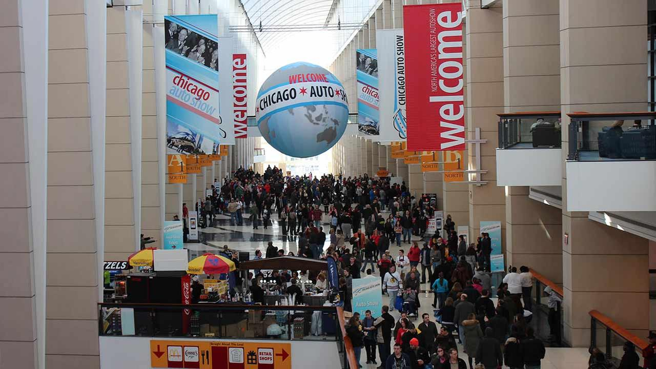 Crowds gather during the first day of the 2015 Chicago Auto Show held at McCormick Place on Feb. 14, 2015.