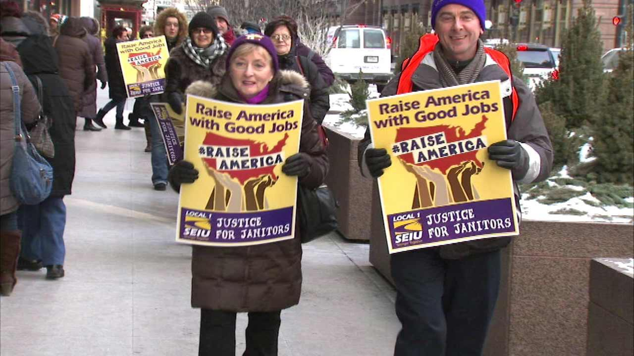 Chicago-area janitors rally for wage increases