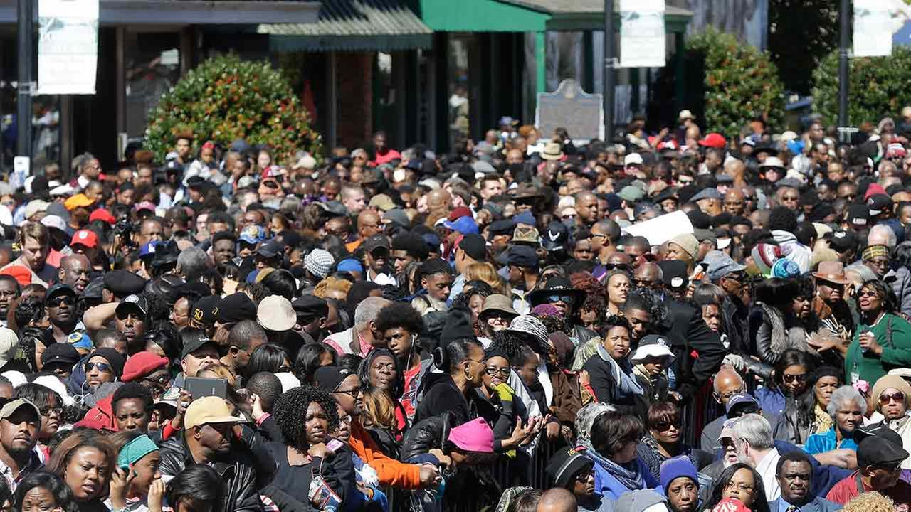 A large crowd forms near a stage where President Barack Obama will speak and then take a symbolic walk across the Edmund Pettus Bridge on March 7, 2015, in Selma, Ala.AP Photo/Gerald Herbert