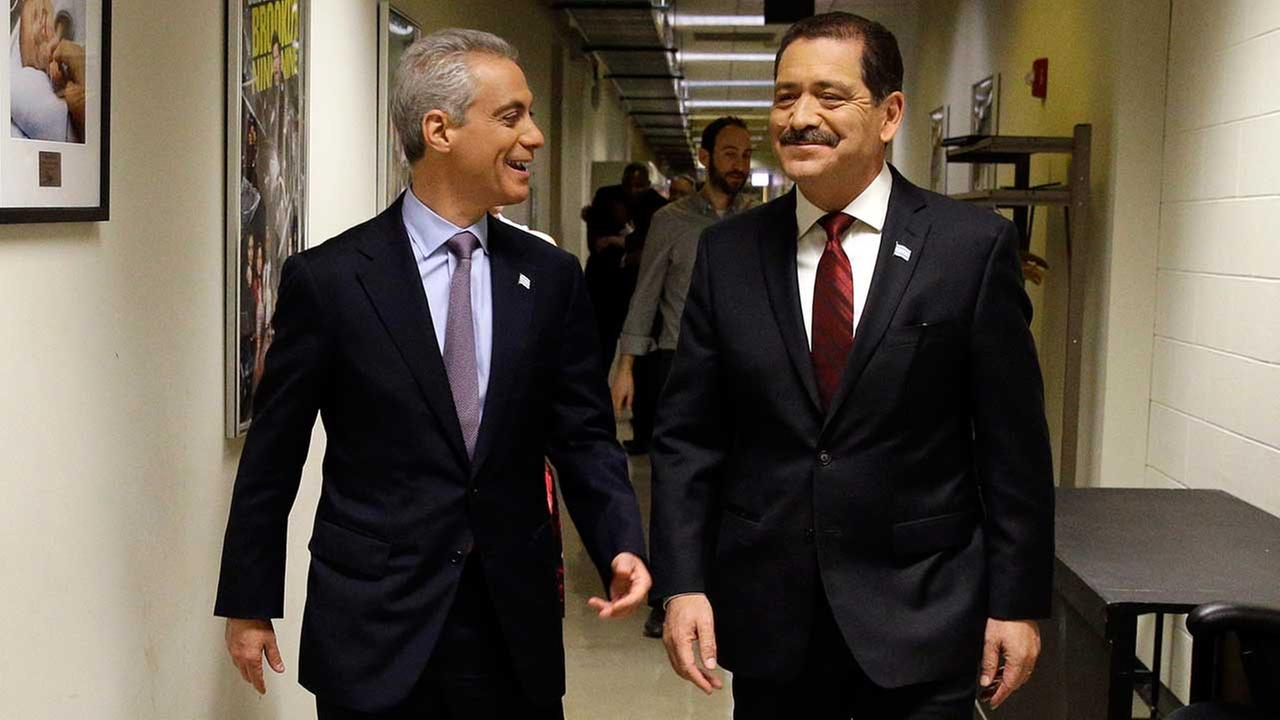 Rahm Emanuel and Chuy Garcia before a mayoral debate in 2015 (FILE).
