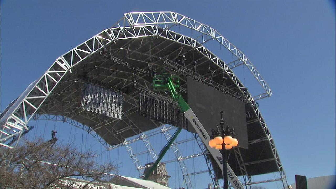 With the NFL Draft is just a few days away in downtown Chicago, workers are busy putting the finishing touches on Draft Town in and around Grant Park.
