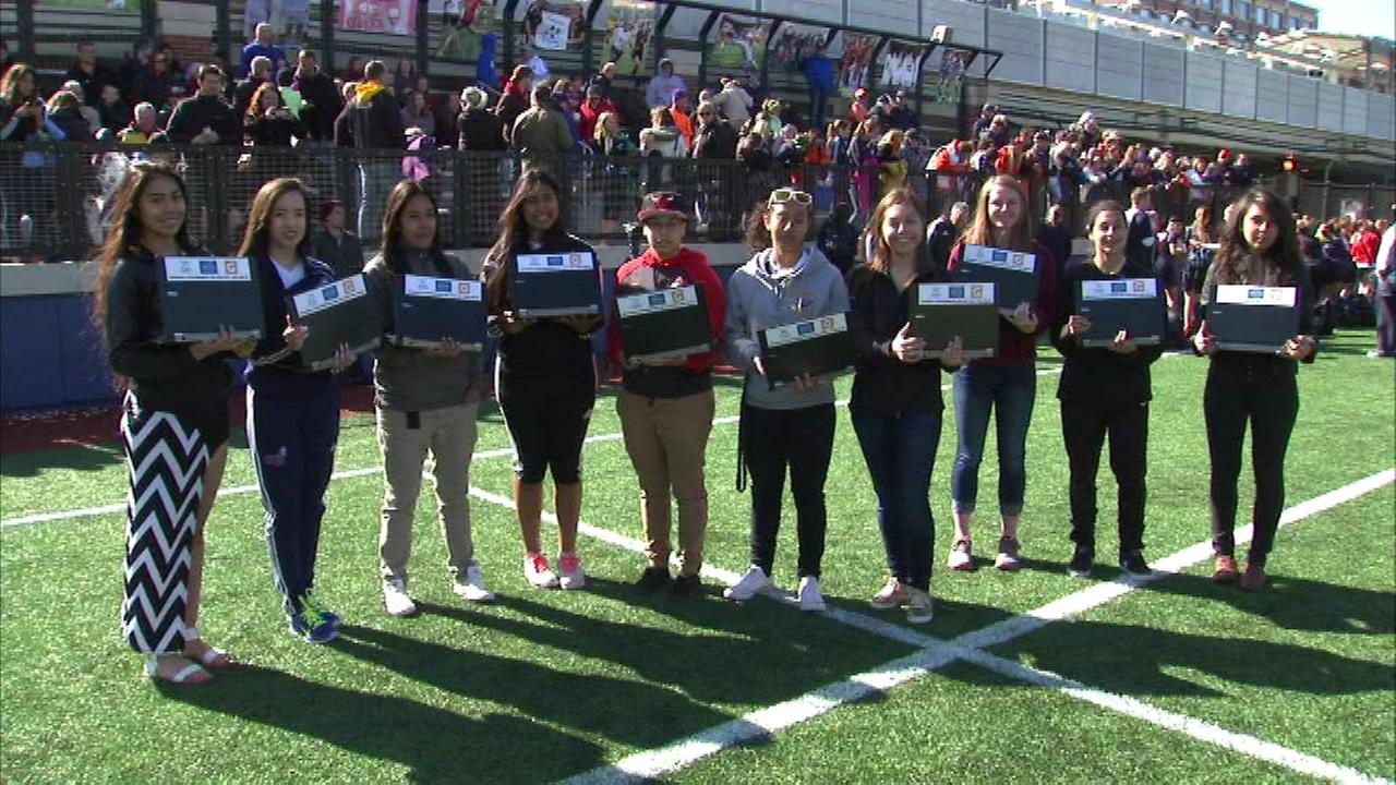 Ten student athletes in Chicago have new laptop computers as a reward  for their hard work on the soccer field and in the classroom.