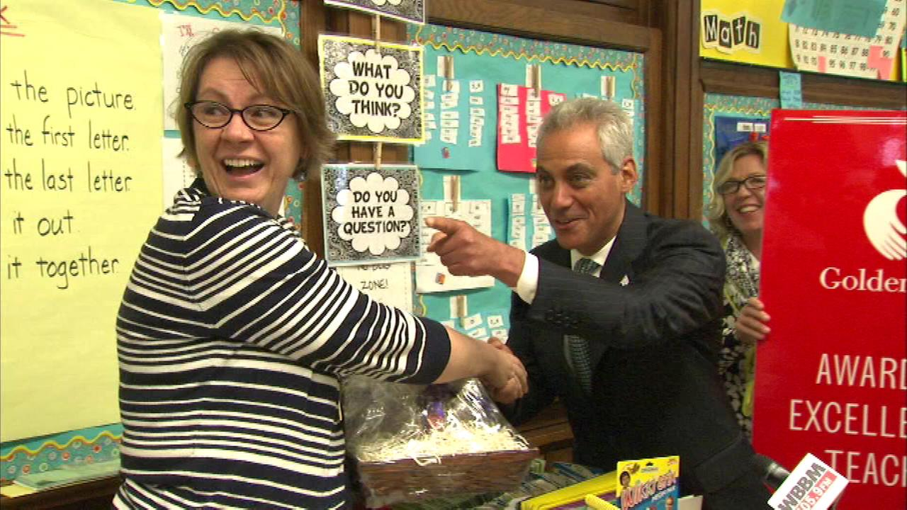 Mayor Rahm Emanuel surprised Monica Prinz at Gillespie Elementary on the South Side with her Golden Apple Award.