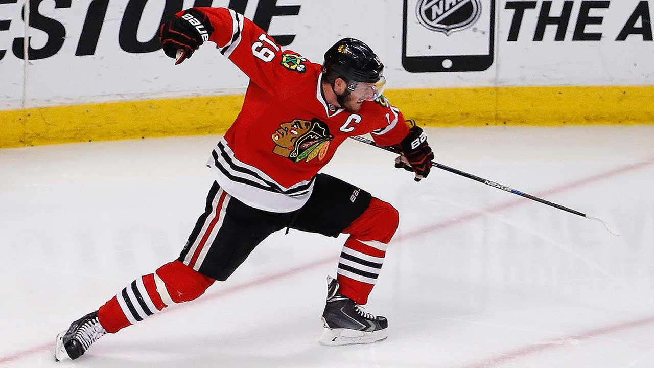 Chicago Blackhawks center Jonathan Toews celebrates his goal against the Anaheim Ducks during the third period in Game 4 of the Western Conference finals.