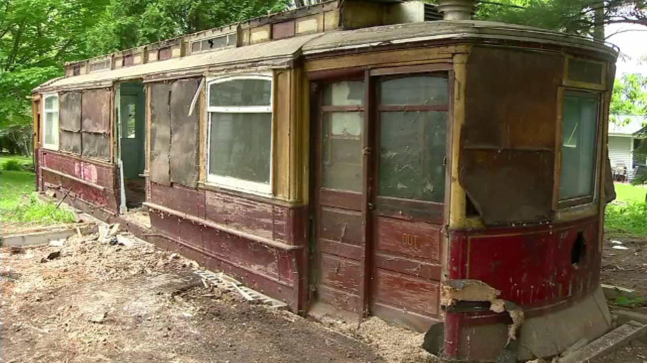 Trolley Car: Century-old Chicago Trolley Car Found In Wisconsin Back