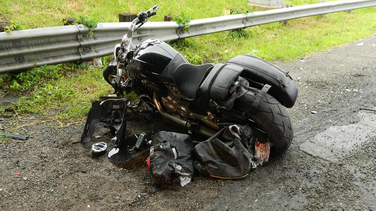 Addison Man 47 Breaks Leg In Indiana Motorcycle Crash