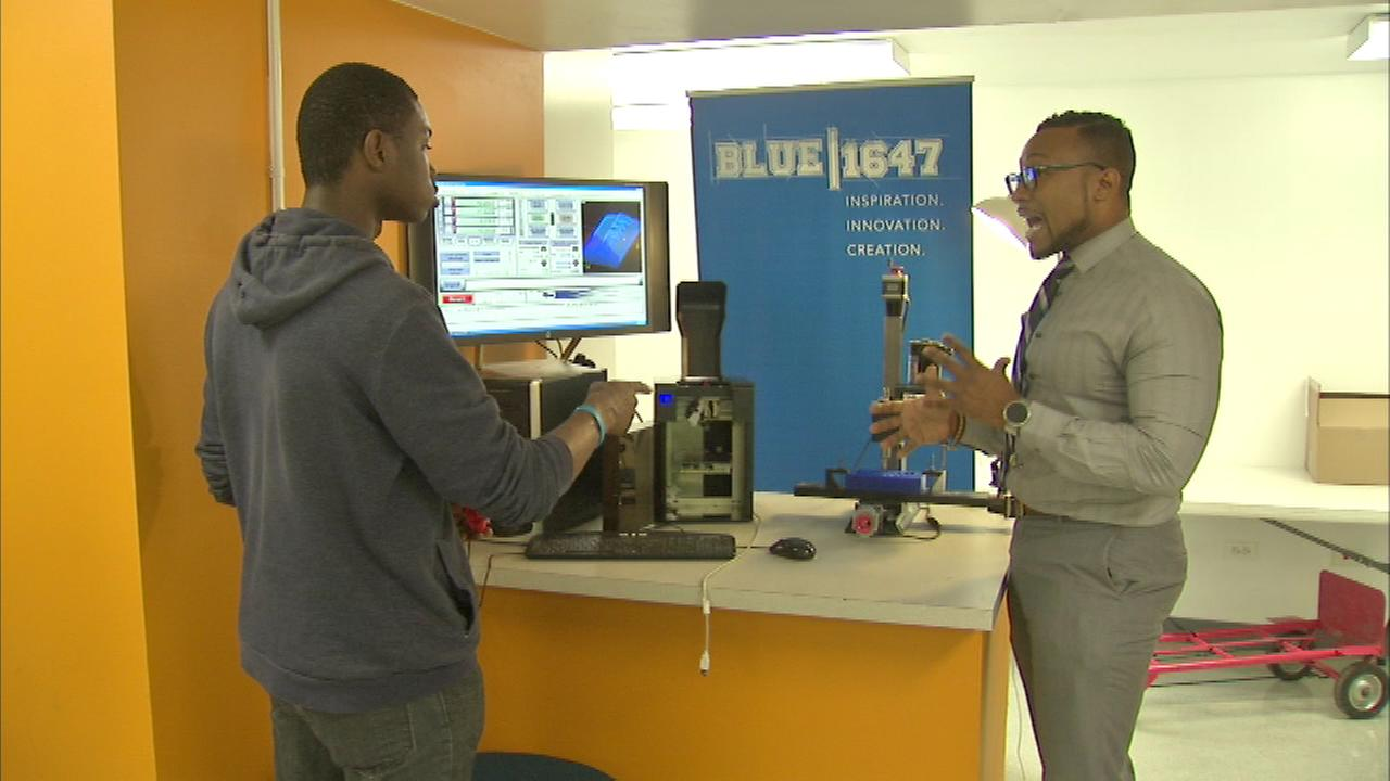 The Rainbow PUSH Coalition showed off its new Excel Tech Center at its South Side headquarters