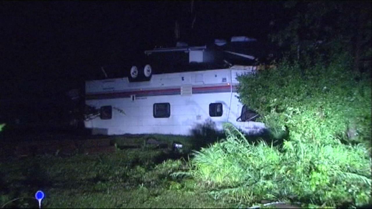 Storm damage in Woodhaven Lake camp and mobile park