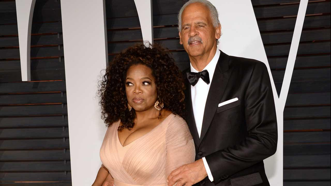 Oprah Winfrey, left, and Stedman Graham arrive arrives at the 2015 Vanity Fair Oscar Party on Sunday, Feb. 22, 2015, in Beverly Hills, Calif.