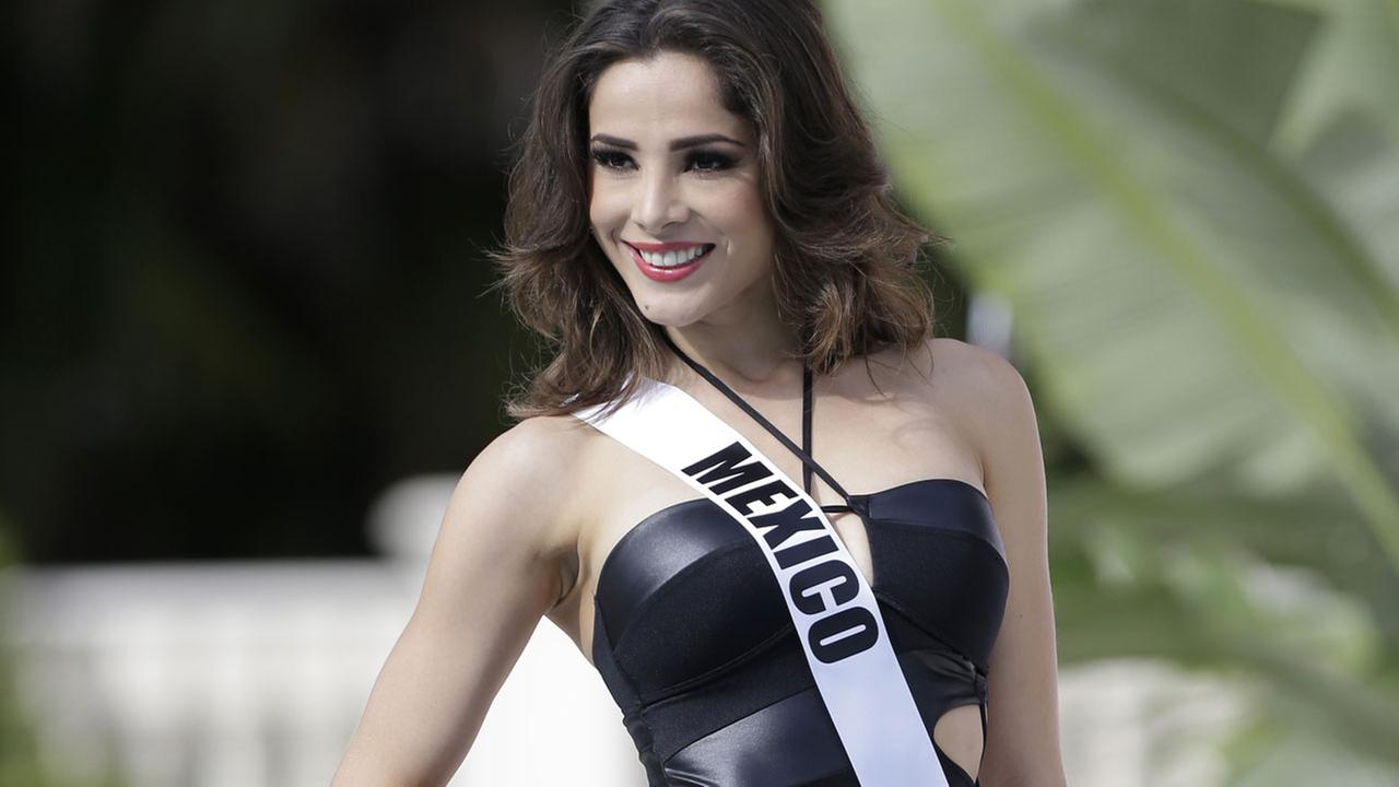 (FILE) 2015 Miss Universe contestant Josselyn A. Garciglia, of Mexico, on Wednesday, Jan. 14, 2015.
