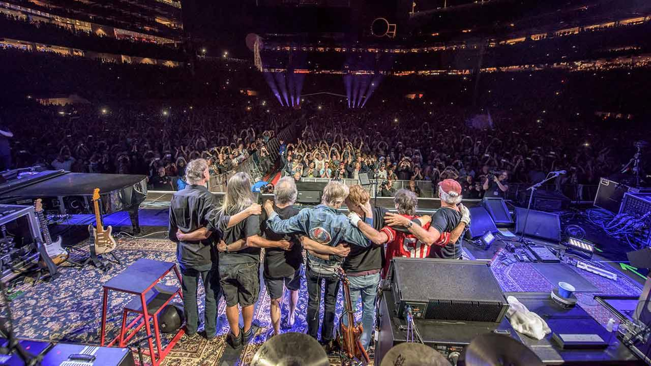 Bruce Hornsby, from left, Jeff Chimenti, Bob Weir, Phil Lesh, Trey Anastasio, Mickey Hart, Bill Kreutzmann of The Grateful Dead perform in Santa Clara, Calif. on June 28, 2015.