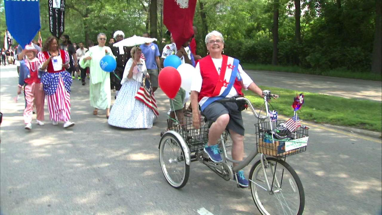 July 4th parades in Chicago area