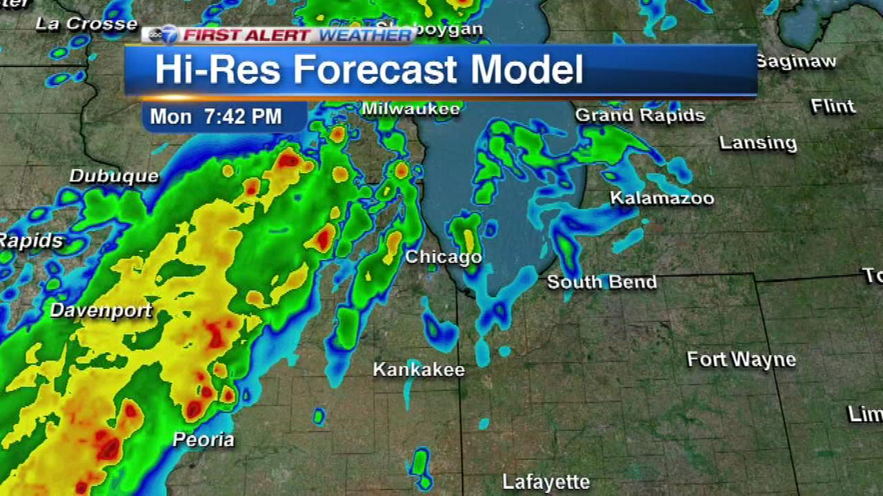 A cold front and a line of storms is expected to move into the Chicago area Monday evening, as this First Alert Weather radar forecast shows.