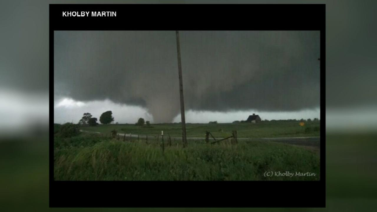 At least one tornado reportedly hit several towns in downstate Illinois Thursday night.
