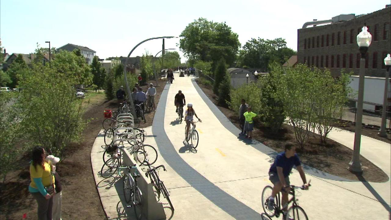 The new 606 bike trail is going high-tech, as Wi-Fi will soon be available along the path.