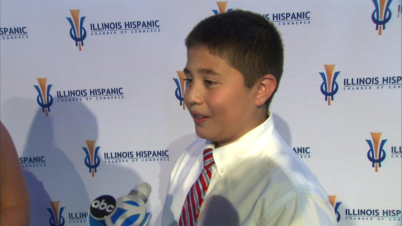 Mundelein boy who founded Felix's Famous Cookies featured at Chicago Hispanic Business Expo