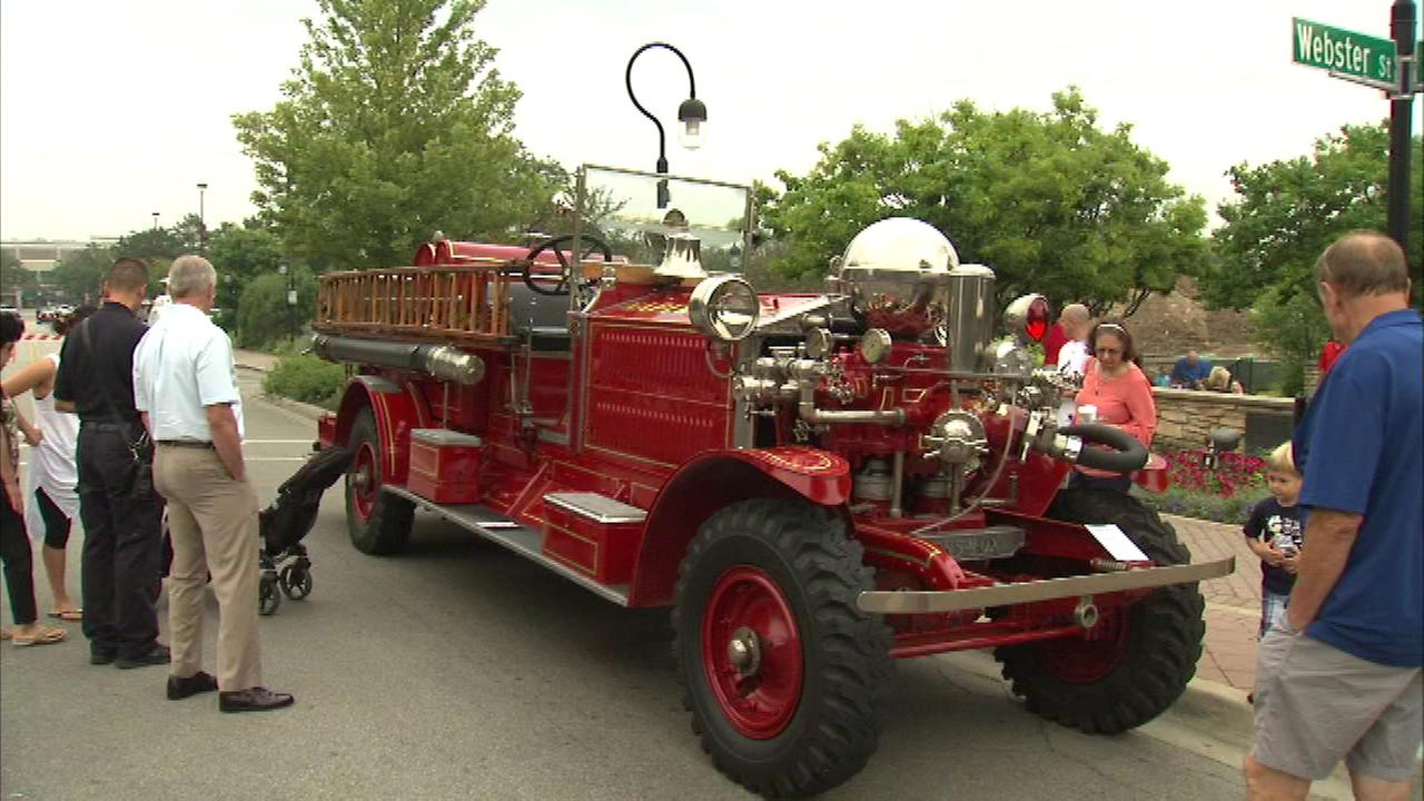 Vintage Police Cars Fire Trucks On Display In Naperville