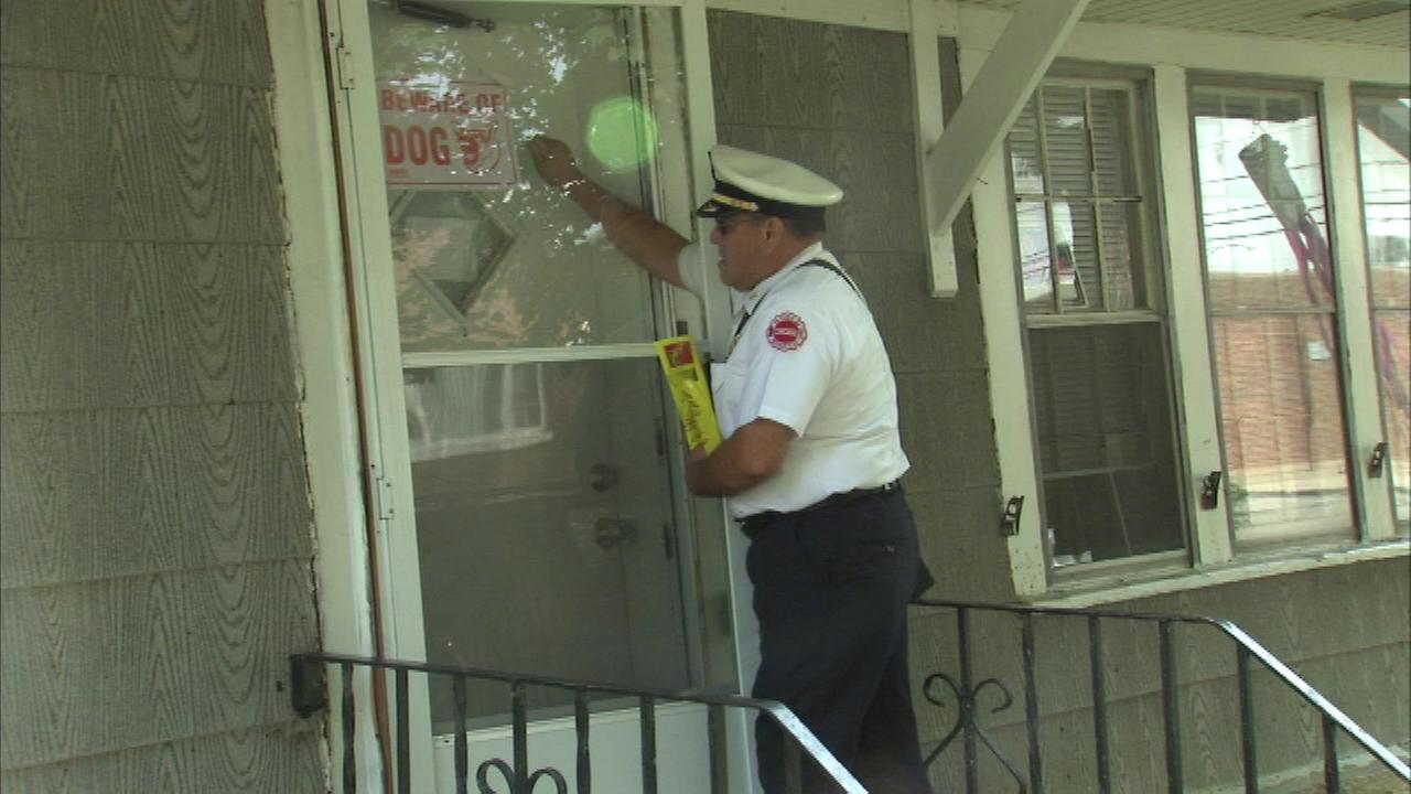 Chicago firefighters are handing out free smoke detectors Monday in the neighborhood where two people died in a fire over the weekend.