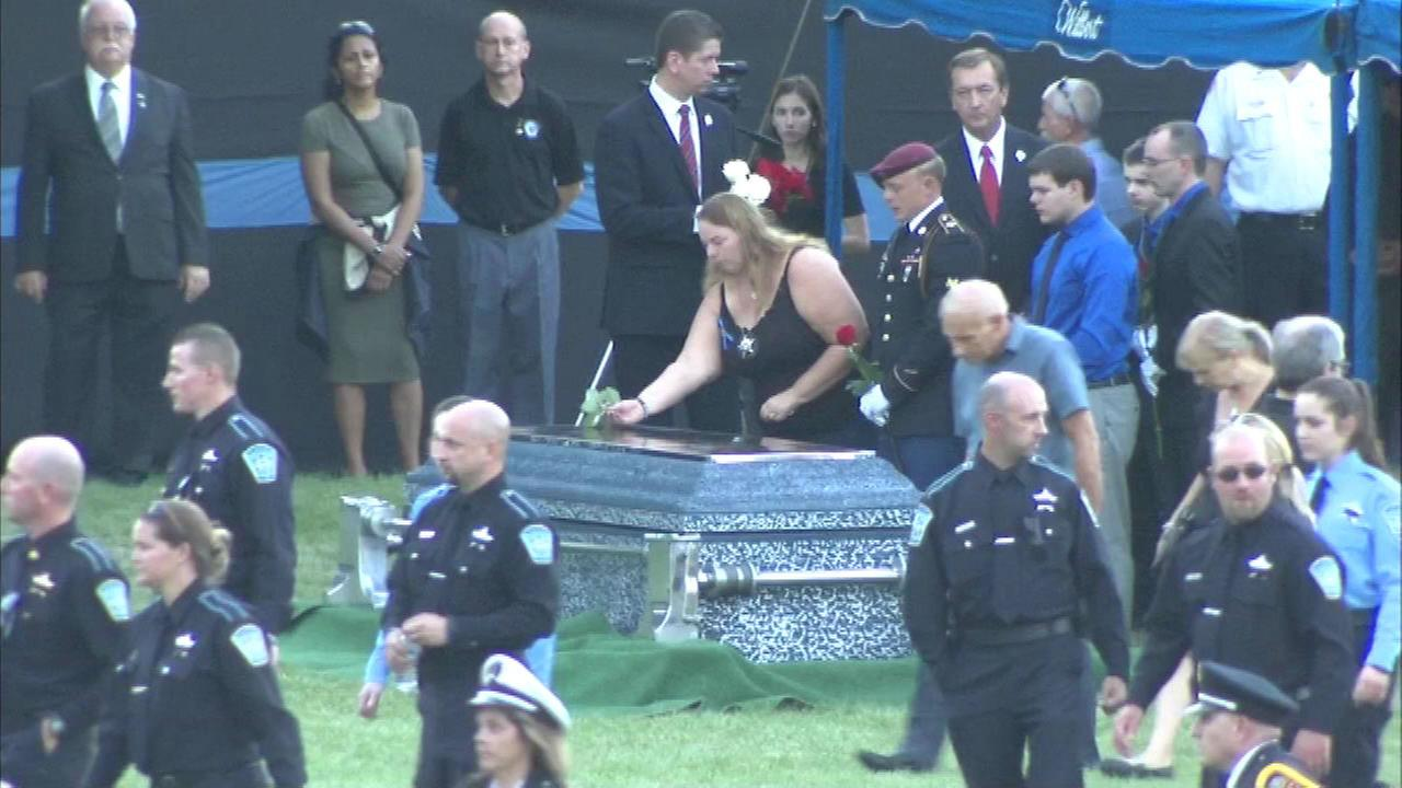 Memorial services held for Lt. Joe Gliniewicz